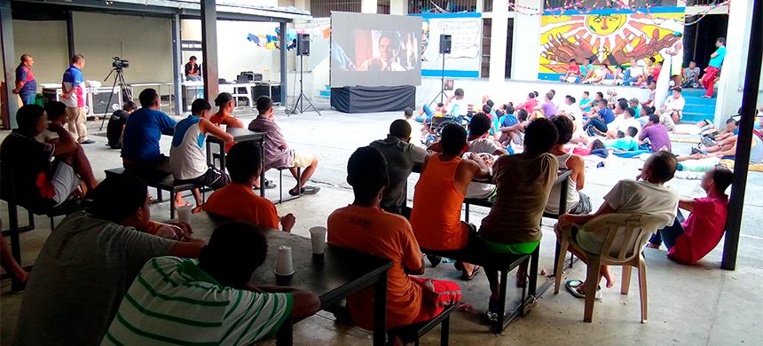 """Alrededor de 8.000 personas han visto la película """"Nada que Perder"""" en el Centro Penitenciario de la Zona 8, de Guayaquil"""