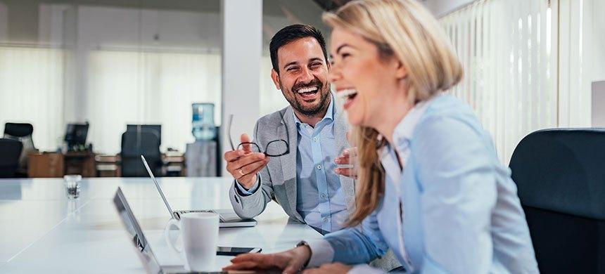 Al reírte, liberas energía negativa